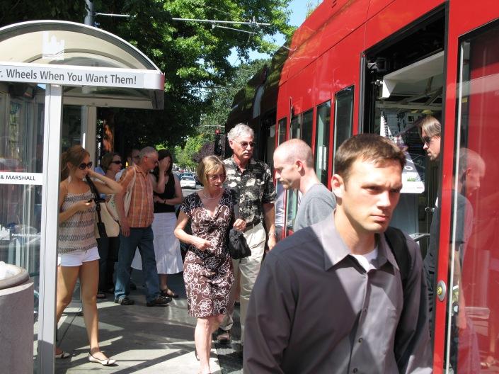 Modern Streetcar_Portland